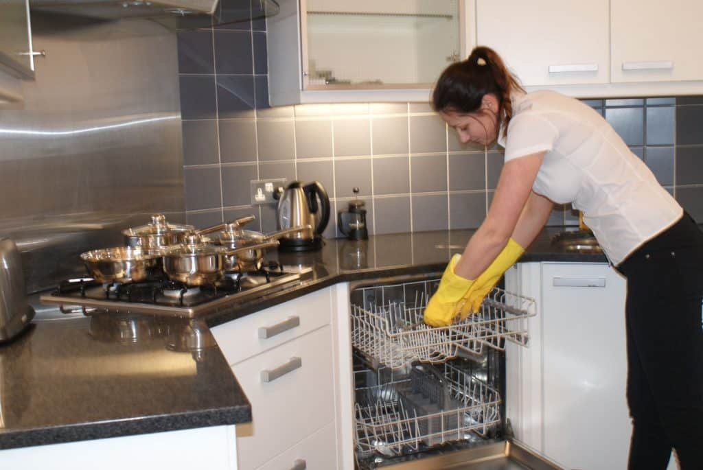 Short lets apartments cleaning in London